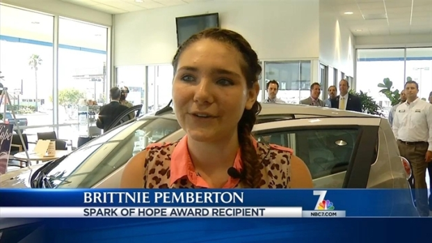 [DGO] Teen, Once Homeless, Awarded Car