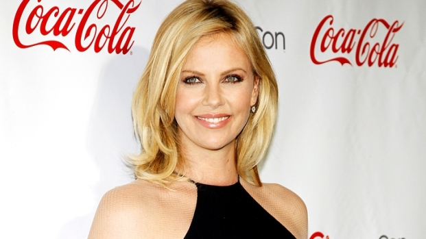 [NBCAH] Charlize Theron Really Loves Kristen Stewart