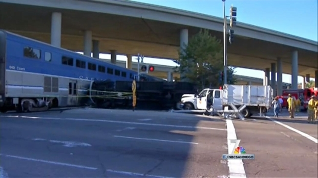 [DGO] Train Collides with Cars in Sorrento Valley