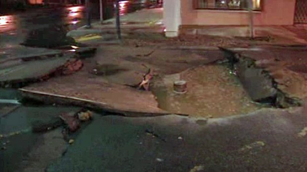 [DGO] Water Main Break Closes F Street Downtown