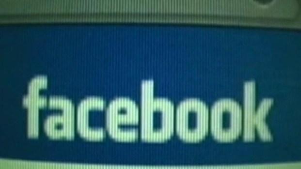 [LA] Facebook Expected to Go Public