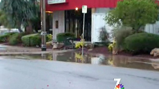 [DGO] Water Threatens Bay Park Businesses