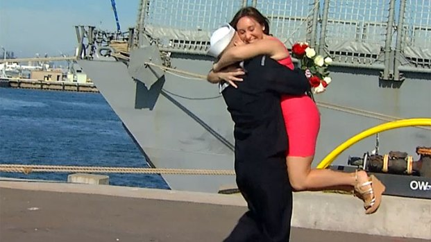 [DGO] Kisses, Hugs as USS Curts Returns