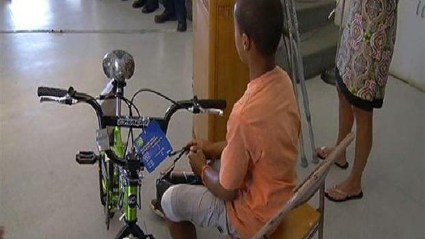 [DGO] Child Injured in SUV Accident Gets New Bike, Helmet