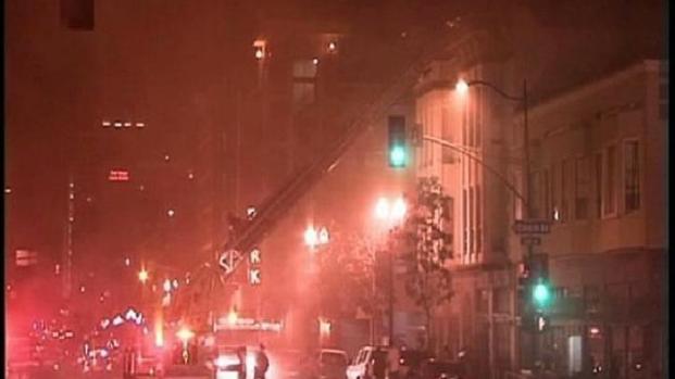 [DGO] Fire Burns Gaslamp Apartments