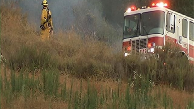 [DGO] Firefighters Contain Small Brush Fire in Fallbrook