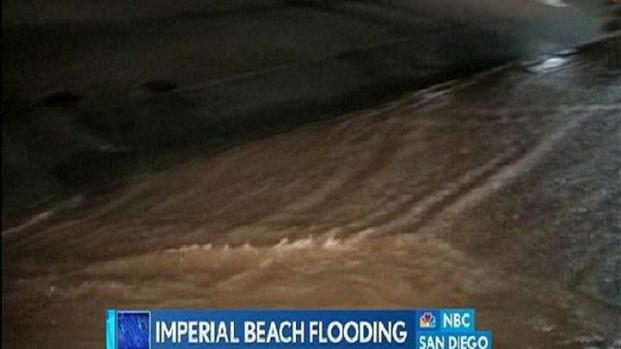 [DGO] Imperial Beach Flooding Slows Traffic