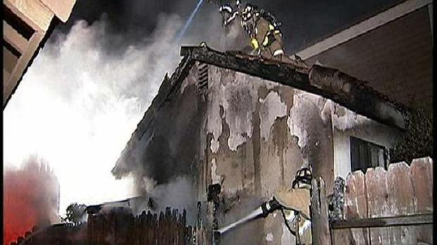 [DGO] Neighbors Alerted Family in House Fire