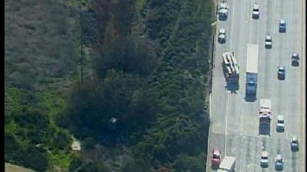 [DGO] Truck Crash into Ravine Along I-5