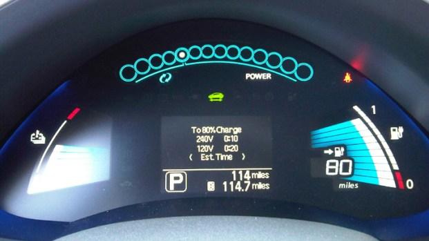 Images: 2011 Nissan Leaf