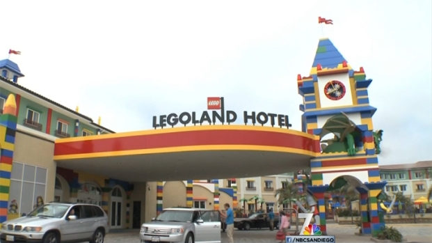 [DGO] Celebrating Opening of Legoland Hotel