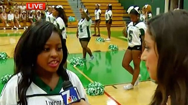 [DGO] Lincoln HS Is Back: Cheerleaders