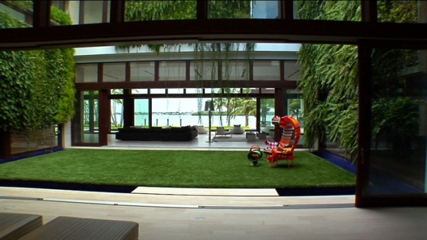 [LXTVN] Square Feet: Tour a $60M Waterfront Oasis