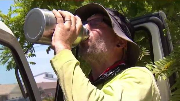 [DGO] Outdoor Workers Take Caution in Extreme Heat