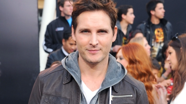 """[NBCAH] Peter Facinelli on """"Twilight"""" vs. """"Hunger Games"""" Feud"""