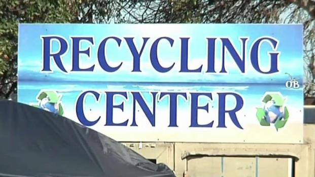 [DGO]Residents Complain Recycling Center Is Ruining Community