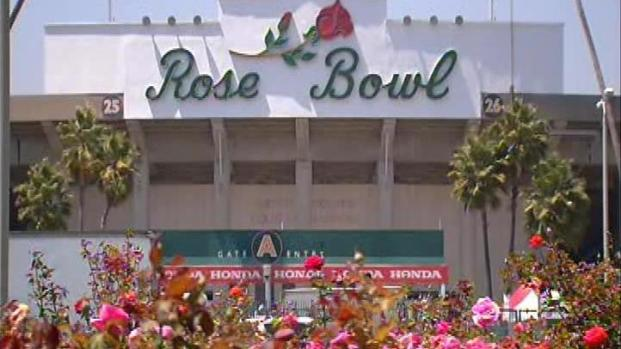 [LA] Get There Early for Gold Cup Final at Rose Bowl
