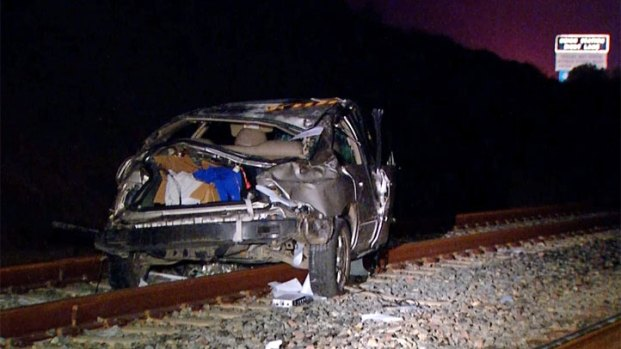 [DGO] 1 Killed When Car Collides with Train
