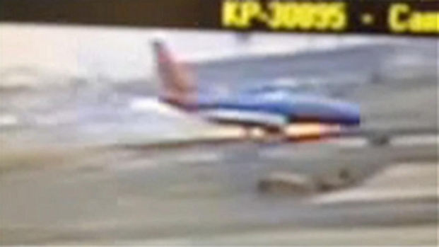 [NY] Southwest Flight Landing Gear Collapses at LaGuardia