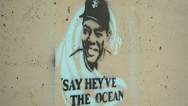 [DGO] Raw Video: Willie Mays Comes Down in Encinitas
