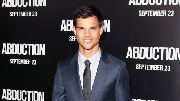"[NBCAH] Taylor Lautner's ""Abduction"" Premiere"