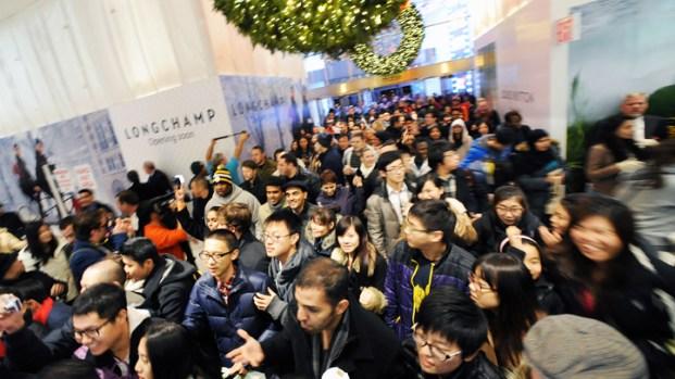 [DGO]Macys Open 48 Hours Weekend Before Christmas