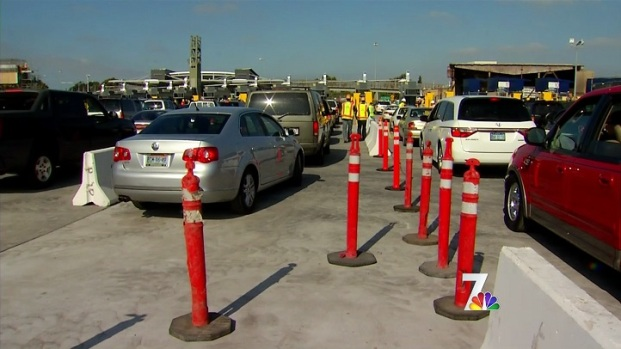 [DGO] Border Opens All Lanes for Holiday Weekend