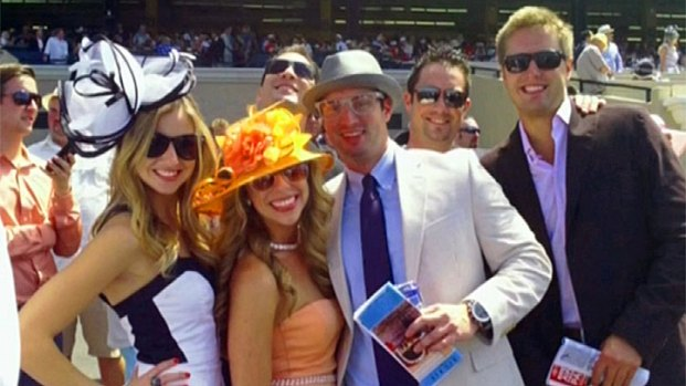 Del Mar Hat Contest 2013