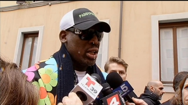 [CHI] Dennis Rodman Arrives In Rome