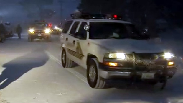 [LA] Search Continues Overnight Amid Snow, Cold in Big Bear