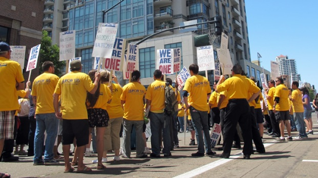 Grocery Workers Protest Downtown