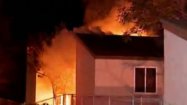 [DGO]Officer Rescues Family in Apartment Fire