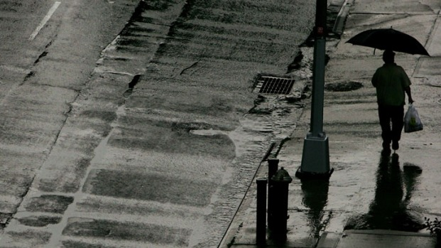 [DGO] Locals Prep for Rain, Possible Flooding