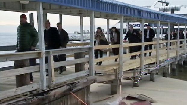 [NY] Ferry Passengers Describe Crash