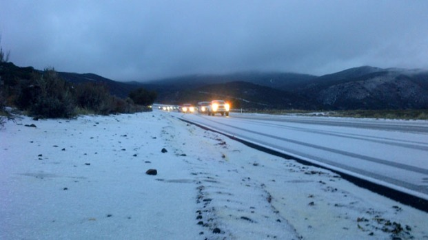 [DGO]Snow, Ice Halts Mountain Traffic