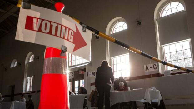 [DC] Polls Open as D.C. Mayor Seeks Second Term