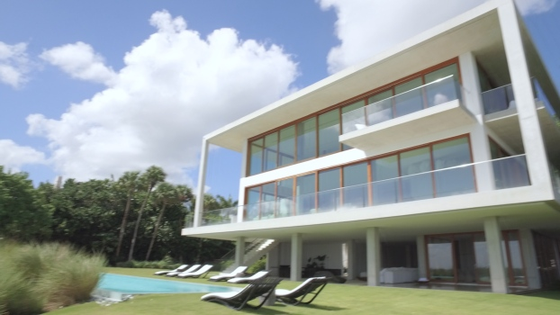 A Modernist Marvel on the Miami Waterfront