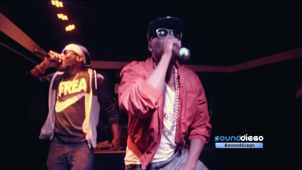 VID: Watch Turquoise Jeep Rev Up Soda Bar