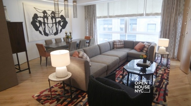 An Artistic Approach to a Downtown Pied-à-Terre