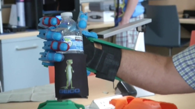 Kids Help Make Prosthetic Hand at Downtown Library