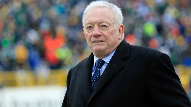 Could Jerry Jones Be Helping Bolts Win?