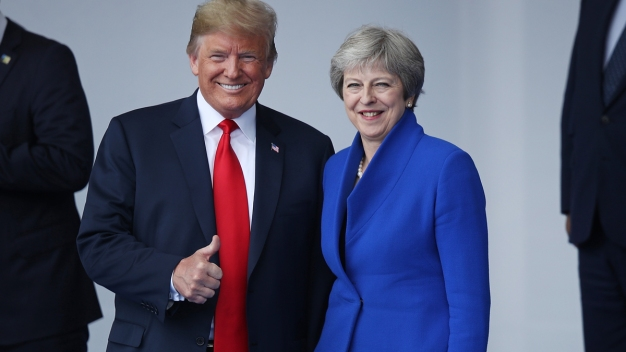 UK's Theresa May: Trump Told Me to 'Sue the EU' Over Brexit