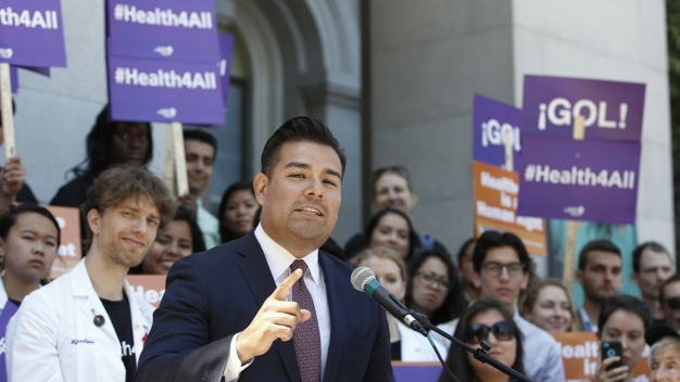 California Weighs Huge Health Care Remake: Dumping Insurers