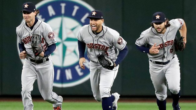Popular Video Game 'Fortnite' Is a Hit in the MLB
