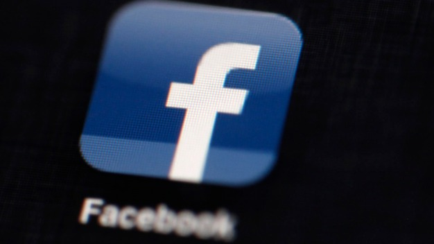 Facebook Pays $10K Reward to Boy for Reporting Glitch