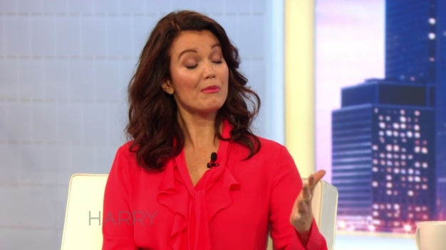 Bellamy Young Tells Harry She Could Never Be a Politician