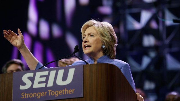 Hillary Clinton Calls Trump a 'Bully' Who Threatens Economy