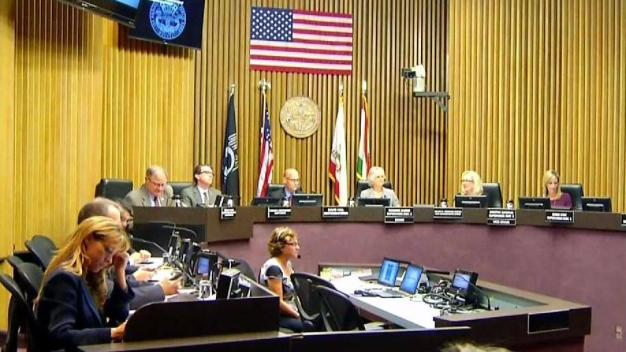 County Supervisors Vote to Ban Weapons at Border Wall