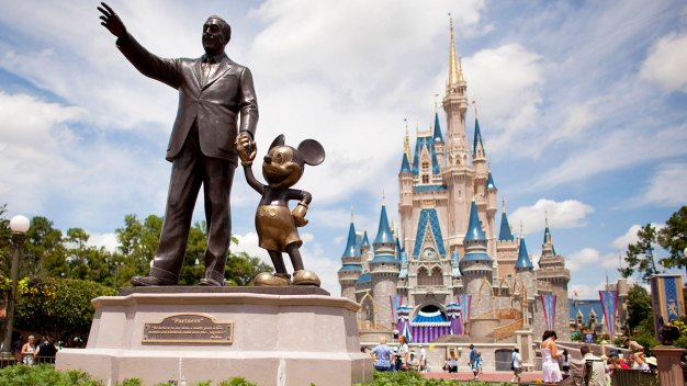 Florida Theme Parks Offer Free Bug Repellent
