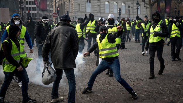 In Photos: French 'Yellow Vest' Street Protests